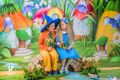 Малыши в Цветочном городе